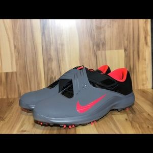 Nike TIger Woods 17 Golf shoes